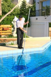 Faq what is the average cost of pool cleaning ao pools for Swimming pool cleaning service prices
